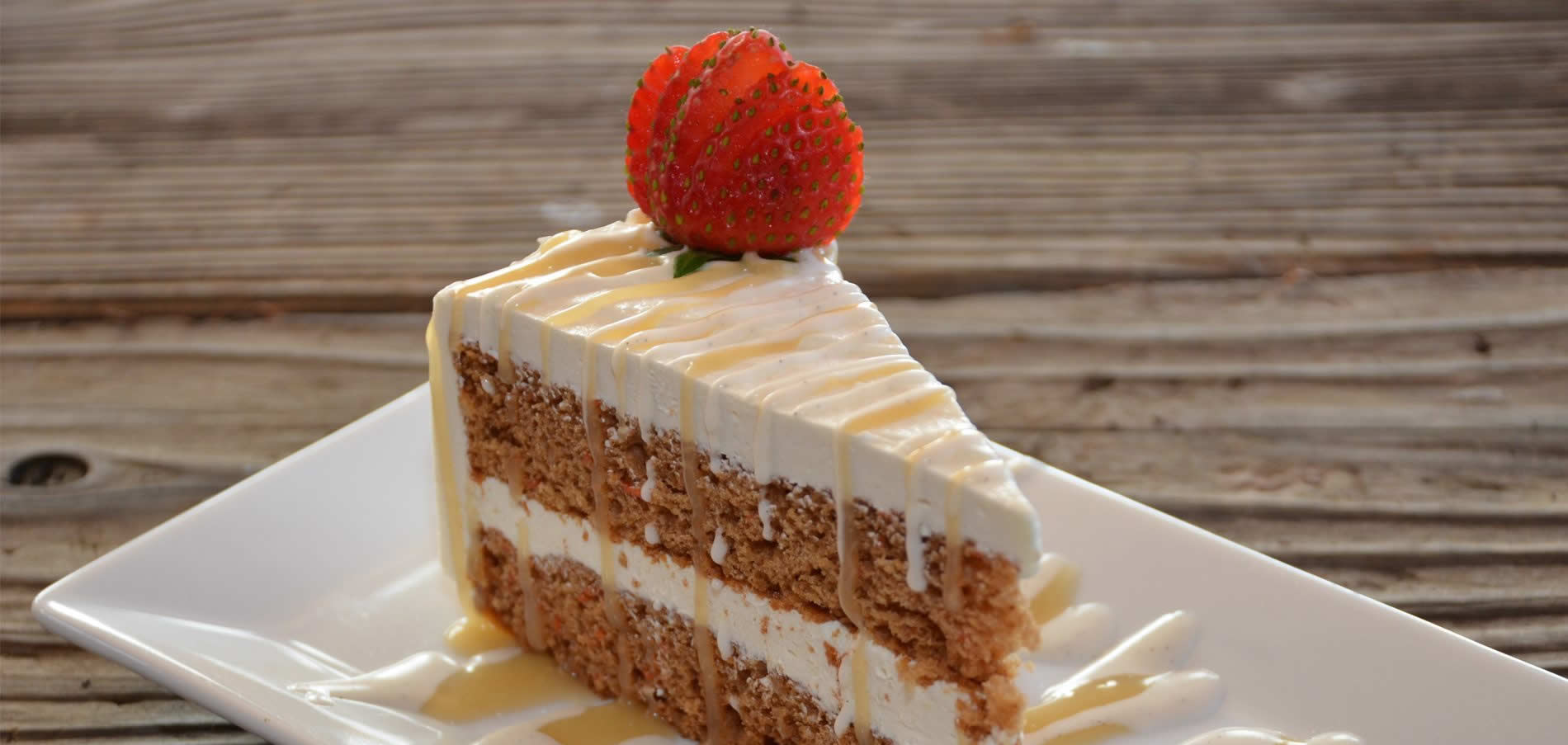 mendocino ravens restaurant desserts - carrot cake with strawberry