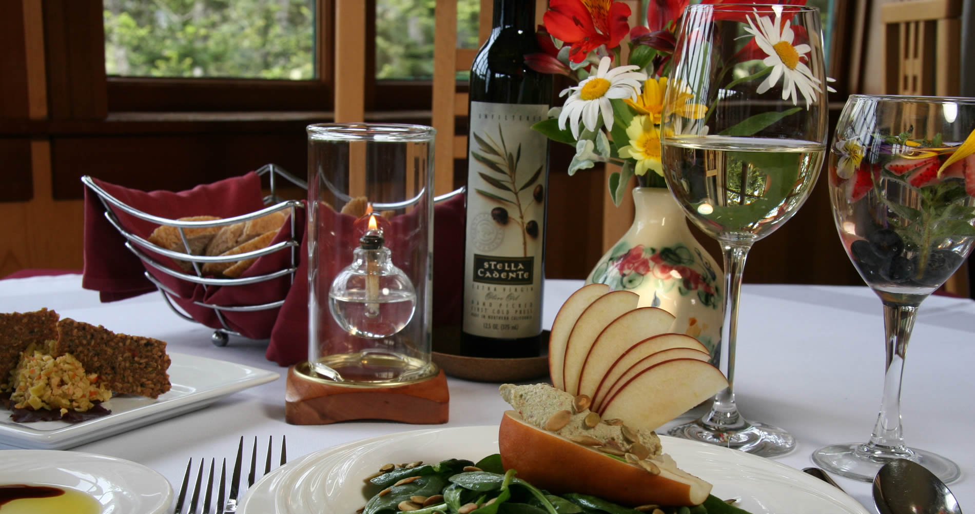 mendocino restaurant - ravens wine with dinner